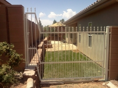 fences-banister9